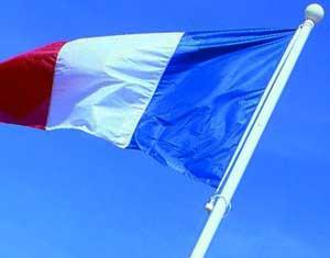 Drapeaux Dejean Marine, fabricant de mât pour supporter les drapeaux, fanions, pavillons.