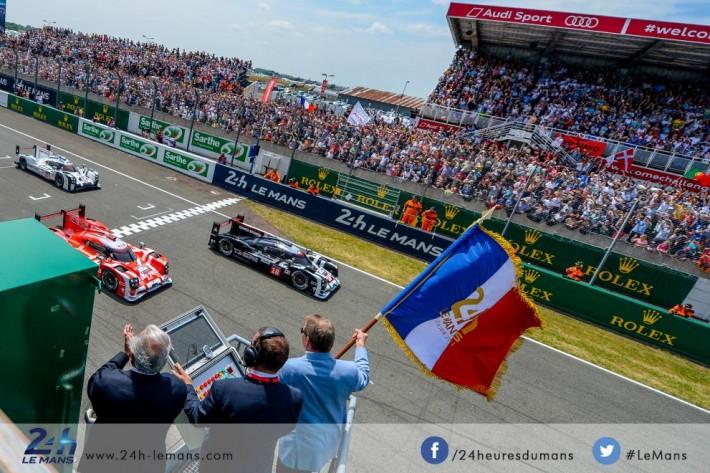 Drapeau ottoman DDM top départ 24h du Mans