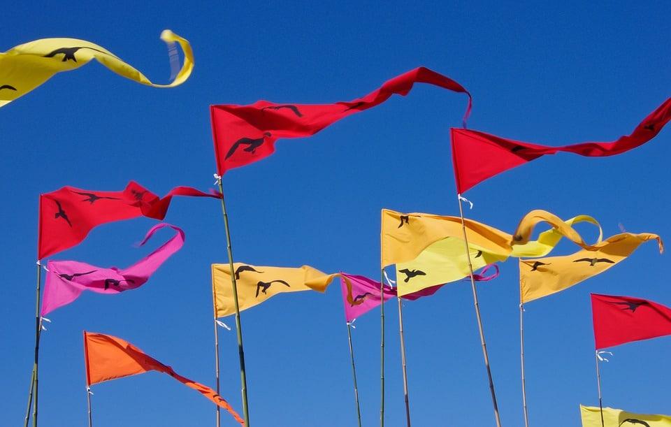 Le drapeau, un support de communication efficace