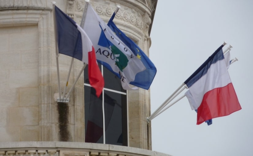 Le pavoisement des édifices publics Français