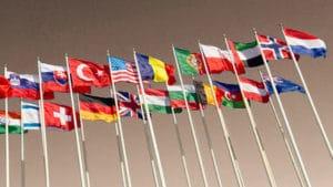 drapeaux sur mâts